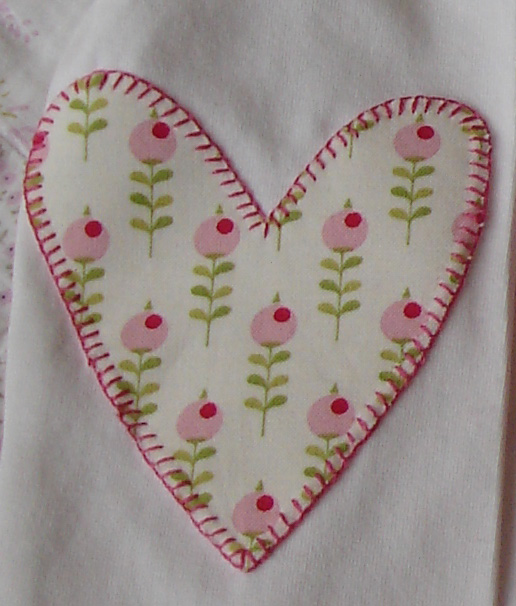 Detalle corazón camiseta peppita pig