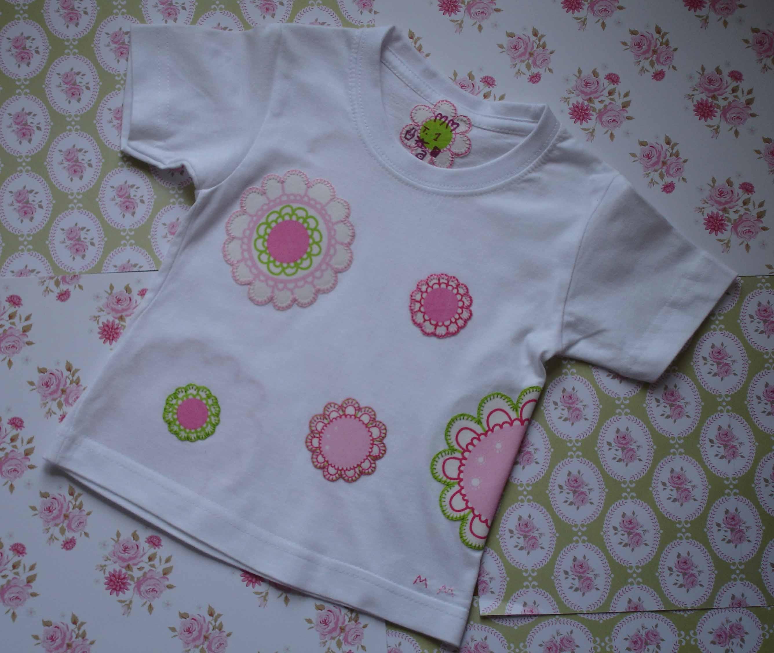 Camiseta flores Lucía 1