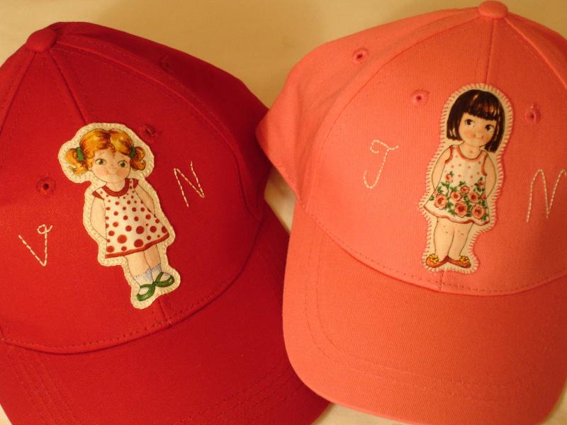 Gorras Valeria y Jimena