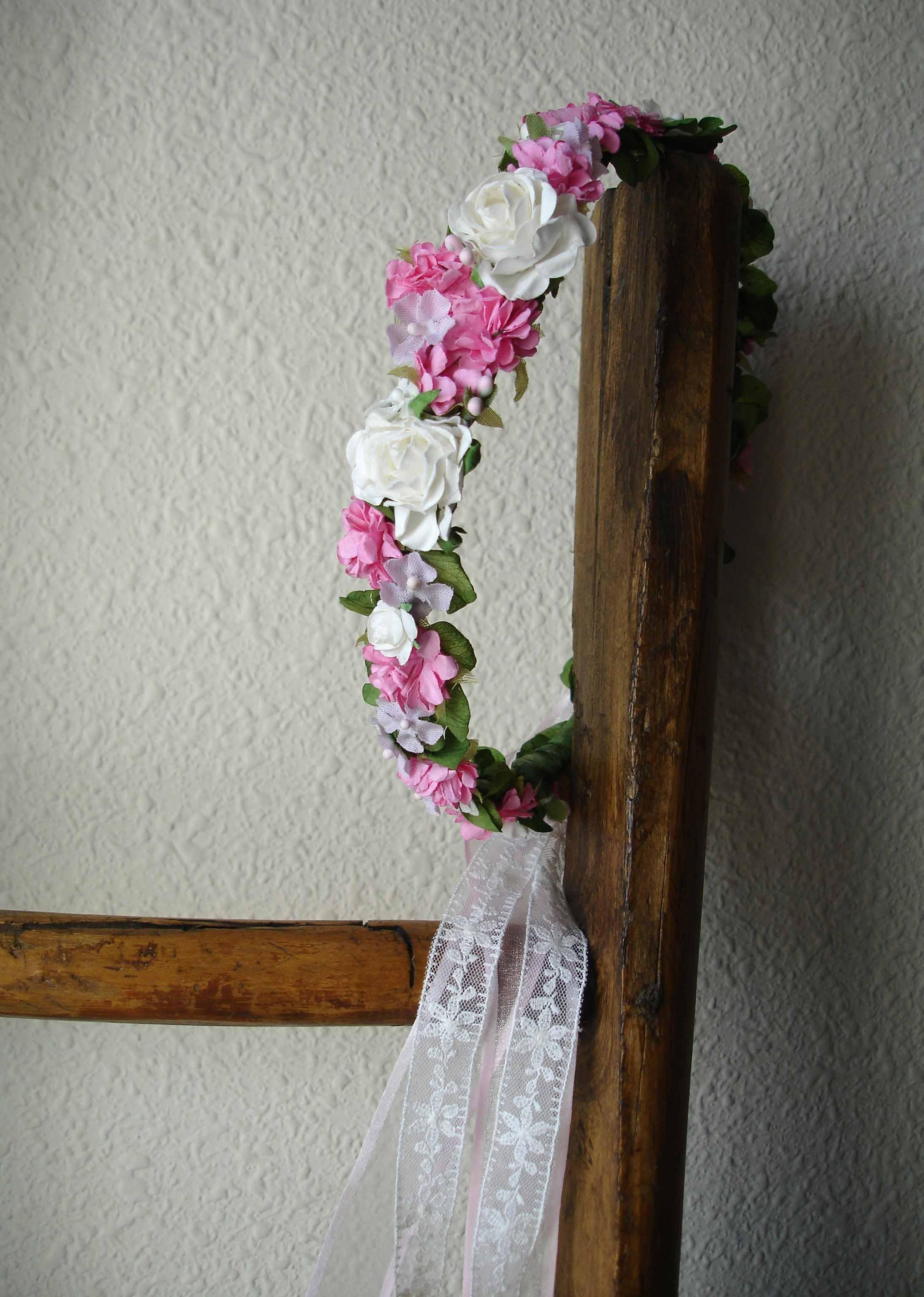 Corona Cruz rosa 11