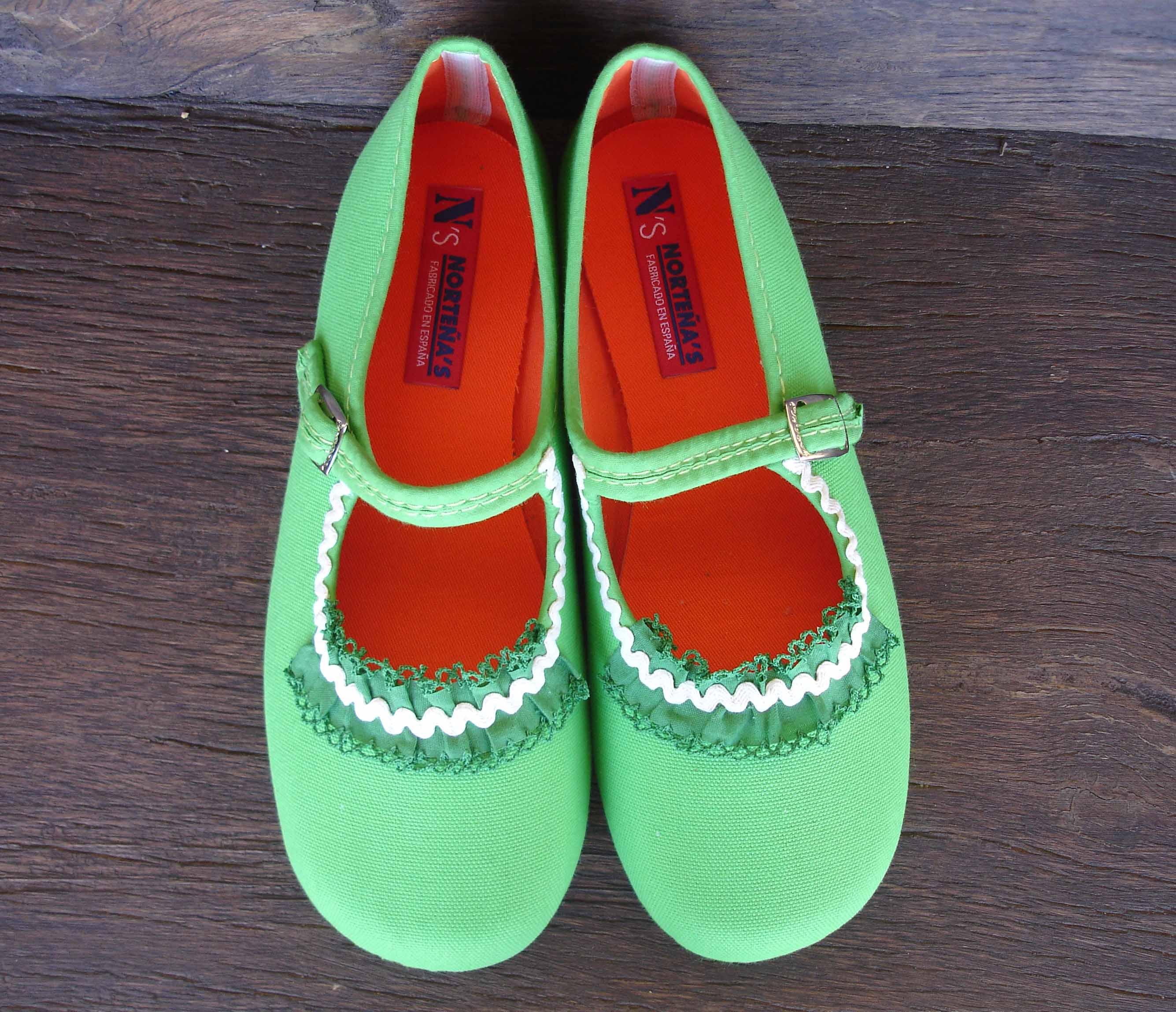 Zapatillas verdes Ana Muñoz