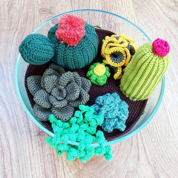 conjunto-de-cactus-de-crochet